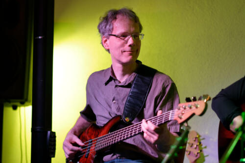 Roland Pohle Bass